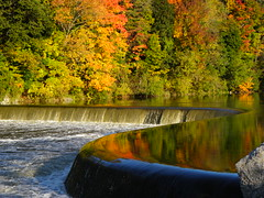 Paris in the Fall (Kim Kurtz) Tags: ontario paris nature beautiful interestingness colours dam grandriver brant kimkurcz countywaterfallswater fallsautumnfall