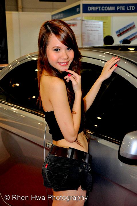 Rhen Hwas Photo Blog Asia Auto Salon - Asian car show girls