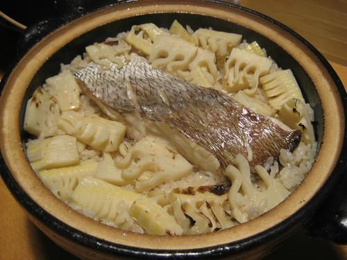 たけのこと鯛の炊き込みご飯