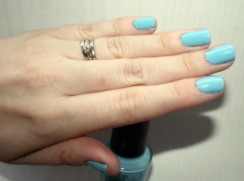 blue nail polsih 028