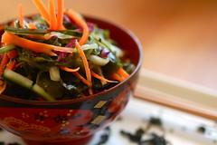 raw seaweed salad