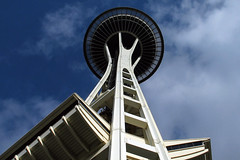 Space Needle - Seattle (anadelmann) Tags: seattle usa architecture canon washington f100 powershot wa spaceneedle g3 spacecenter canonpowershot canonpowershotg3 v1000 platinumphoto anawesomeshot theunforgettablepictures theperfectphotographer anadelmann