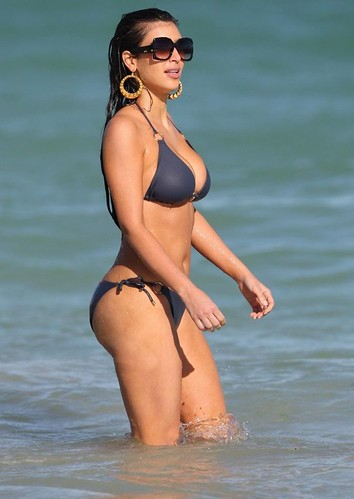 Kim Kardashian bikini picture