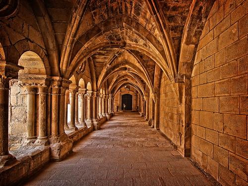 フリー画像| 人工風景| 建造物/建築物| 教会/聖堂| ポブレー修道院| 世界遺産/ユネスコ| スペイン風景|     フリー素材|