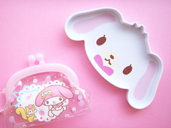 Kawaii Sugarbunnies Plastic Tray & My Melody Coin Purse Japan (Kawaii Japan) Tags: pink white rabbit bunny animal japan asian japanese promo vinyl case sanrio collection plastic clear kawaii kfc tray characters collectible pvc novelties sugarbunnies mymelody coinpurse coincase cawaii gamaguchi kawaiishopping kawaiishop vovelty kawaiishopjapan