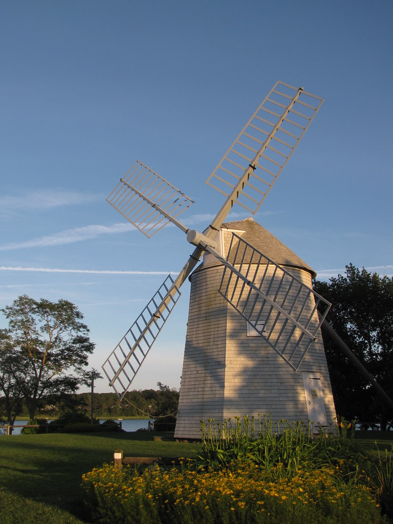 Cape Cod windmill (Orleans)