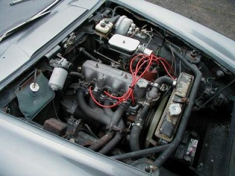 1500 GT engine bay