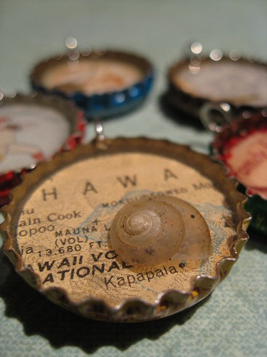 Resin bottlecap pendants