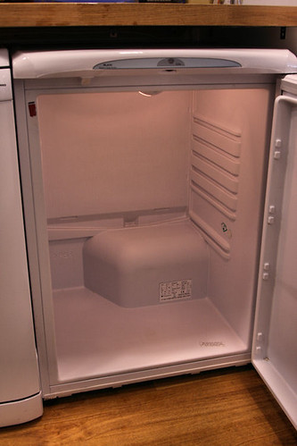 Don't freeze coke and milk in your fridge !!!!