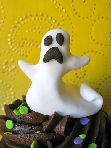 ghost halloween fondant edible cupcake topper