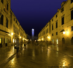 Dubrovnik Nights (ileav2003) Tags: streets tower architecture night gold croatia dubrovnik musictomyeyes greatphotographers heartawards 100commentgroup 100commentsgroup aplaceforgreatphotographers mygearandme mygearandmepremium mygearandmebronze mygearandmesilver pritzkergroup artistoftheyearlevel4