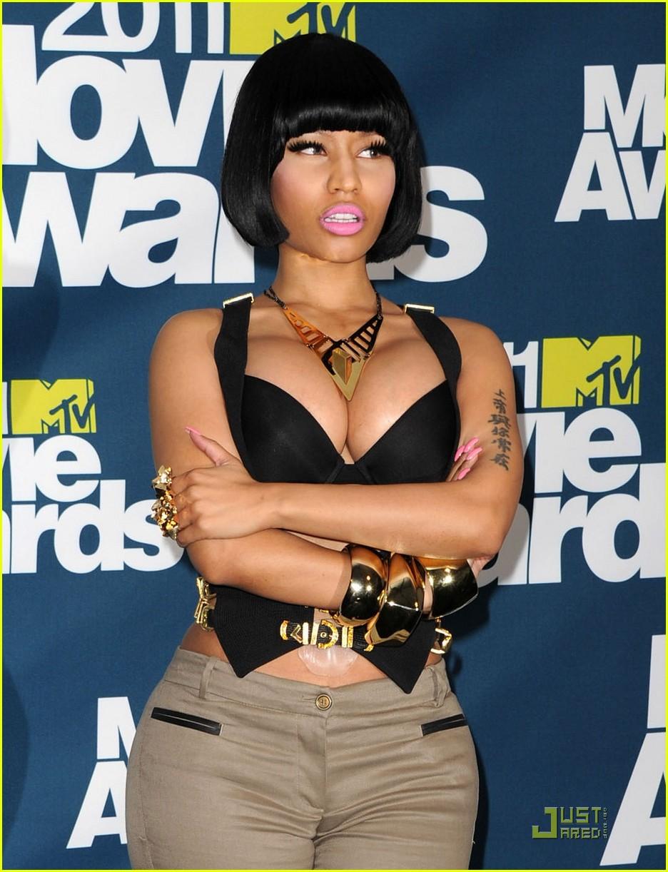 112784906RW033_2011_MTV_Mov
