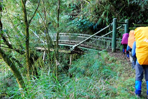 下面是舊的嚴戶棧橋