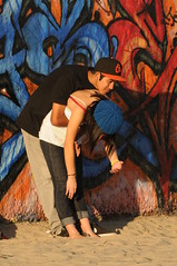 KL4_2120 (kirstography) Tags: men painting graffiti women kissing couples artists graffitipit venicebeachcalifornia candidpeople graffitiwalls kirstography