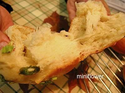 自製蔥花麵包(by miniflower)