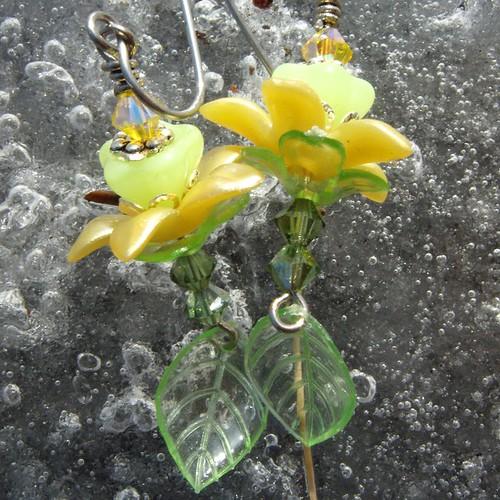 Sunny's Summer Love- Flower Earrings- Cynensemble
