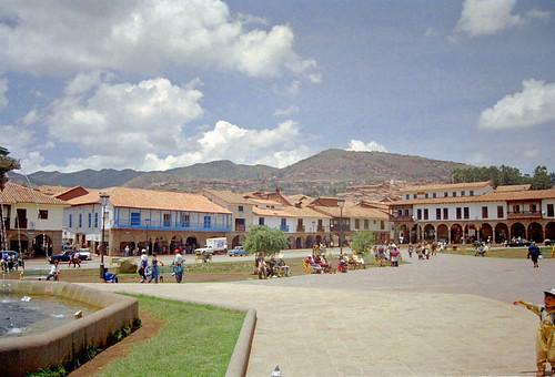 Cusco by Ik T