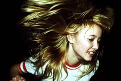 X (un chien andalou) Tags: portrait music contrast hair dance flash powmerantusenord