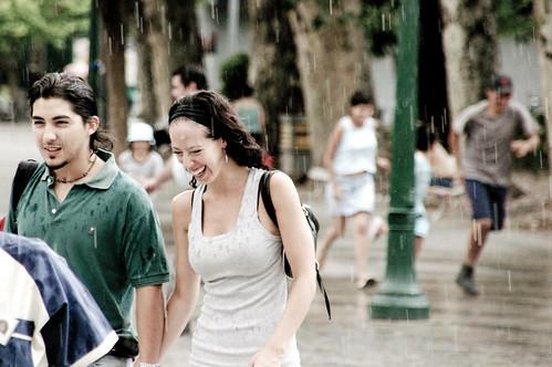 Córdoba - La Pareja en la Lluvia
