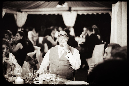 fot�grafo de boda madrid - thoughts 1 - the cigarette - from a wedding in madrid spain august 2008