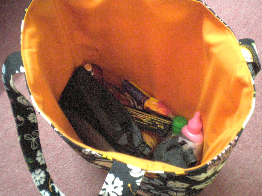 puteri's tote bag