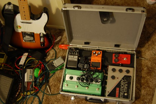 Any DIY pedal board/case with lid? - Telecaster Guitar Forum