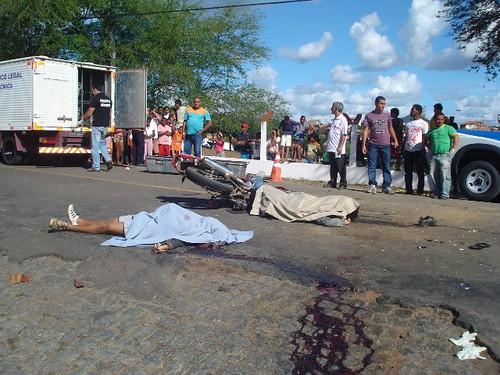 Acidentes com três vítimas fatais, neste domingo, em 16-08-09... 043 por você.