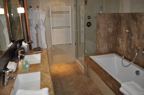 Baño de las habitaciones Junior Suite