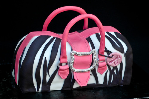 hello kitty purse. an order for a Hello Kitty