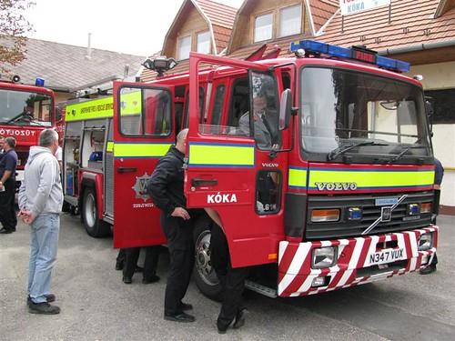 Shropshire donates a fire engine to township Kóka