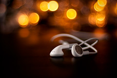 Recomposition (frankallanhansen) Tags: apple bokeh earbuds iphone recomposition