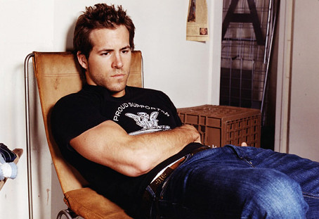 ryan reynolds slobbin-it