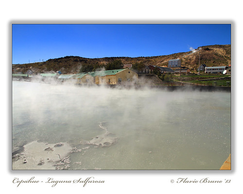 ARG-NQN-Copahue-Laguna Sulfurosa1
