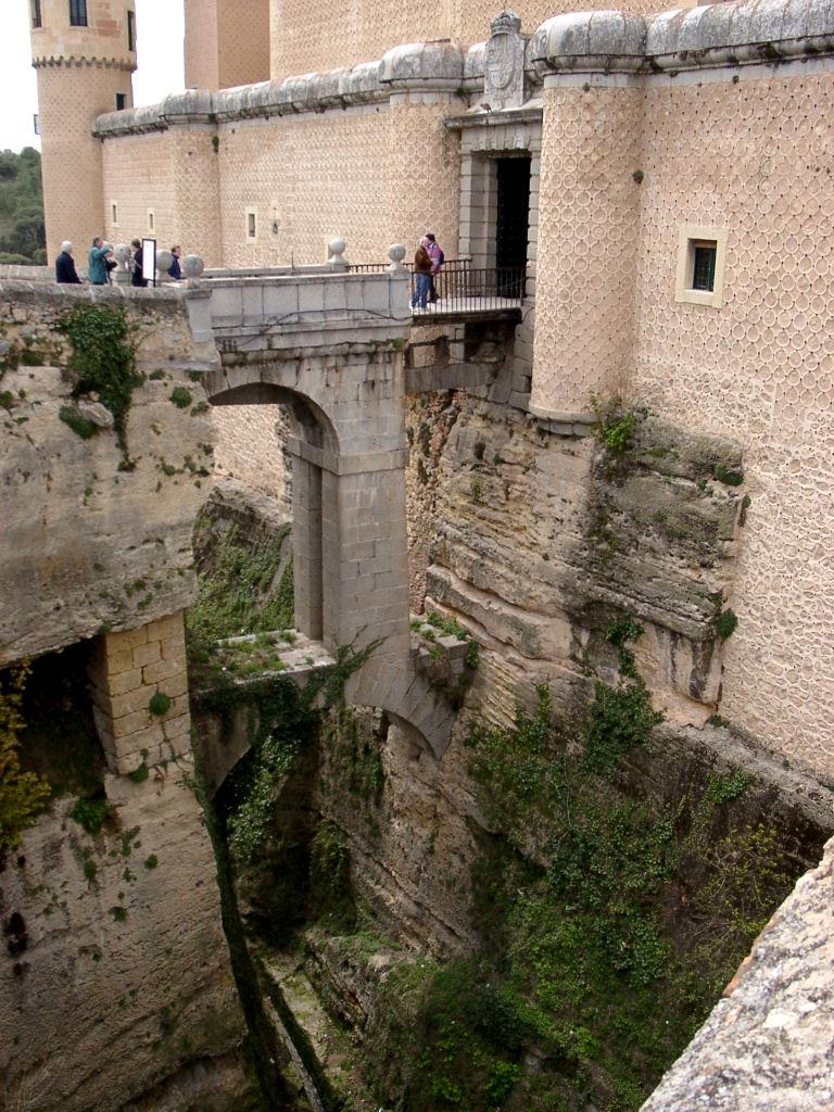 Moat.Segovia