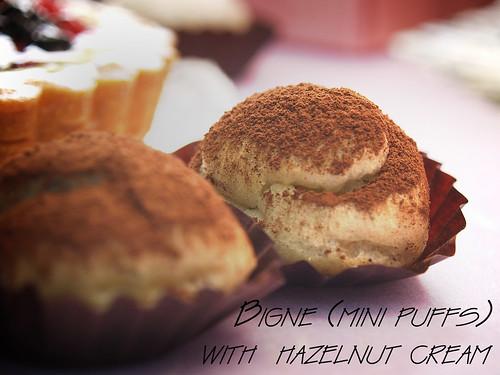Mini Hazelnut puffs