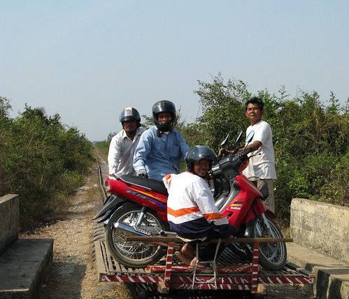 Moto Train