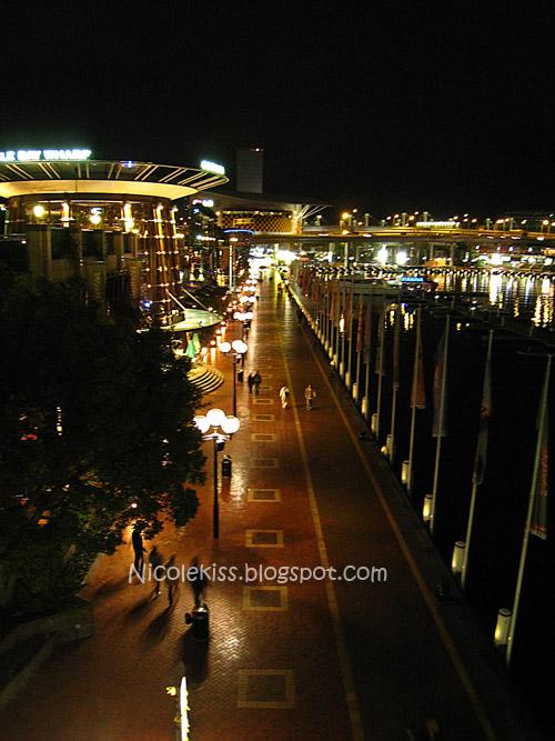 darling harbour night walk