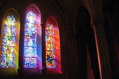 washington national cathedral 3.21.09 - 54 (laura padgett) Tags: sunlight washingtondc favorites stainedglass nave dcist neogothic nationalcathedral episcopalchurch cmyk southaisle cathedralchurchofsaintpeterandsaintpaul warrenbay dioceseofwashington favorited09 wantedgettyimages