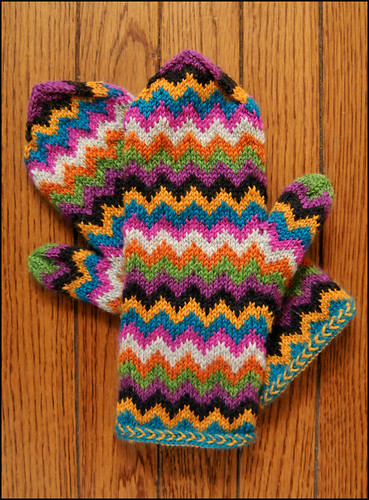 Chevron Love Mittens!