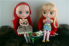 [1] The girls are enjoying their lovely afternoon tea