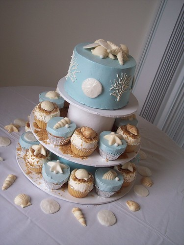 beach weddings ideas. Beach Wedding CupCake Towers