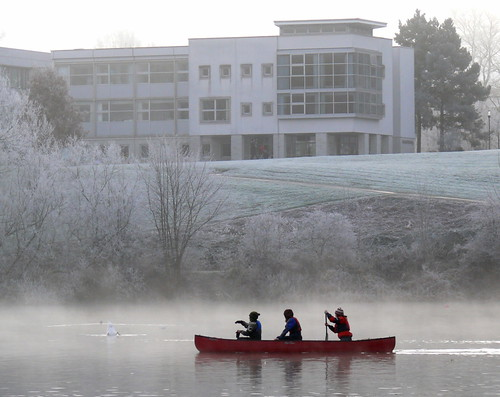 Winter canoe paddle on Airthrey Loch on a cold winter morning - Cottrell Building in Background. Flickr photo credit: Astacus