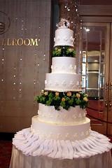 Renaissance Kuala Lumpur Hotel The Wedding Extravaganza 2009 Wedding Cake 1