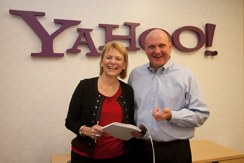 Carol Bartz & Steve Ballmer announcing their deal