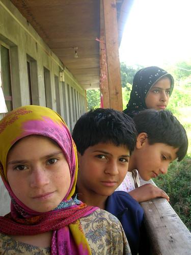 Kashmir BeT