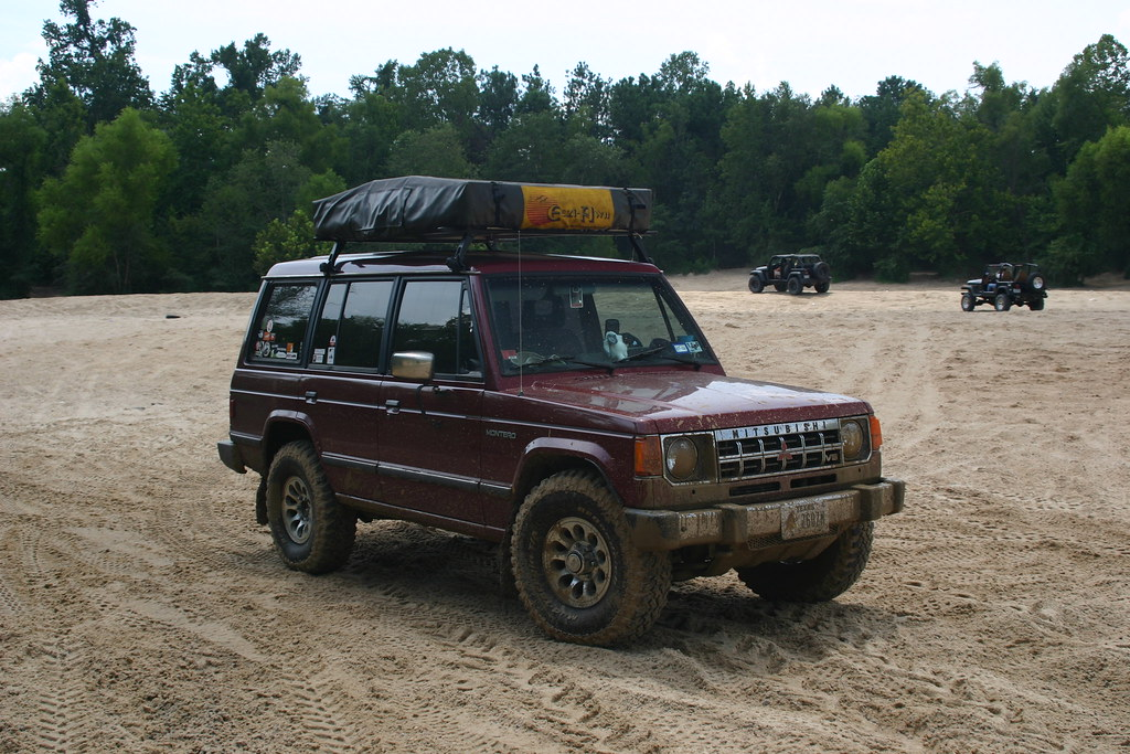 1989 Mitsubishi Montero LWB - $1000 (Houston) | Private Party - Garage Sale | 4x4Wire TrailTalk