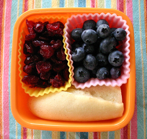 Kindergarten Snack #5: September 2, 2009