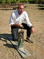 Fabrication de corde en Sisal (Claude37) Tags: gloriette