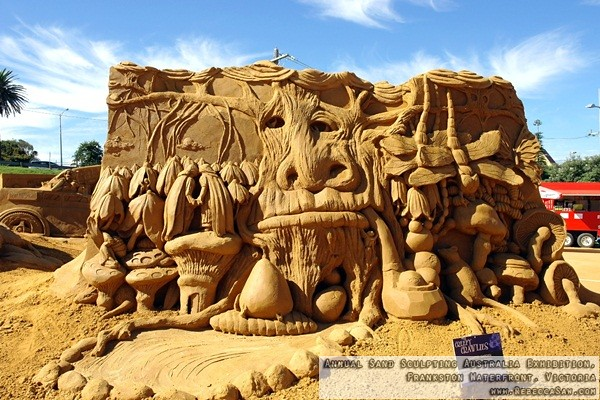 Annual Sand Sculpting Australia exhibition, Frankston waterfront-20