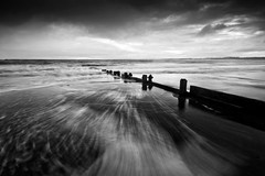 sea in b&w (Ray Byrne) Tags: longexposure sea blackandwhite bw beach coast monotone northumberland shore alnmouth groyne raybyrne